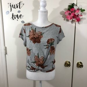 ALLYSSE FLORAL TOP TWISTED KNOT FRONT SIZE LARGE